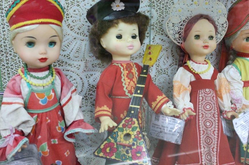 Выставка советских кукол открылась в сахалинском музее Медведя, фото-1