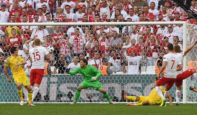 Украина - Польша 0:1, фото-1