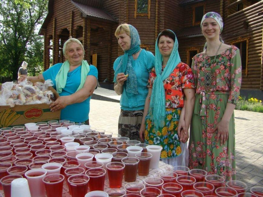 В храме Доброполья организовали благотворительную ярмарку, фото-8