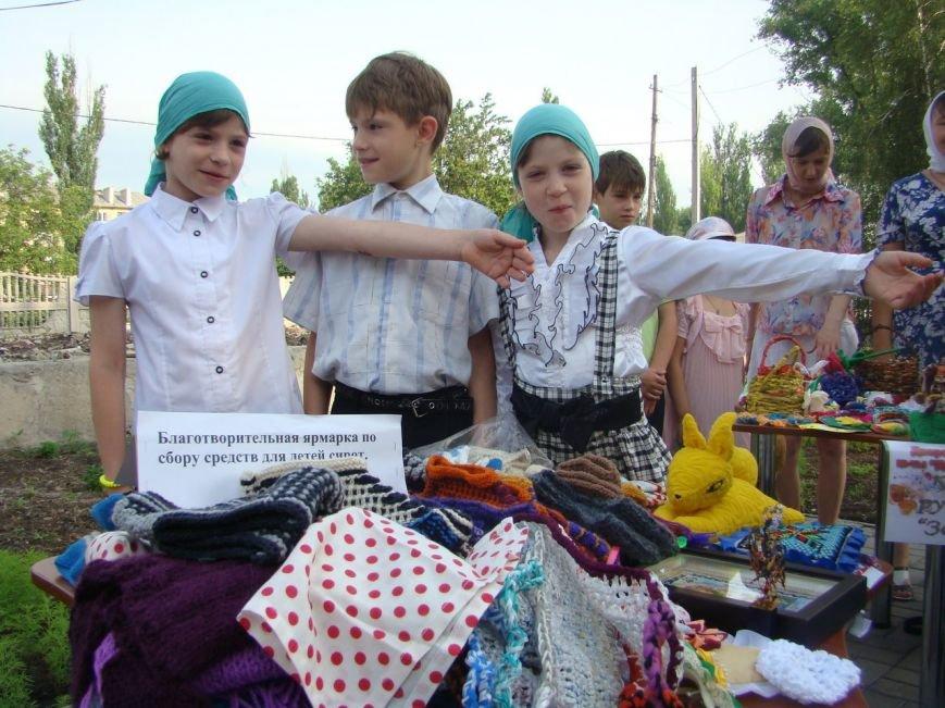 В храме Доброполья организовали благотворительную ярмарку, фото-4
