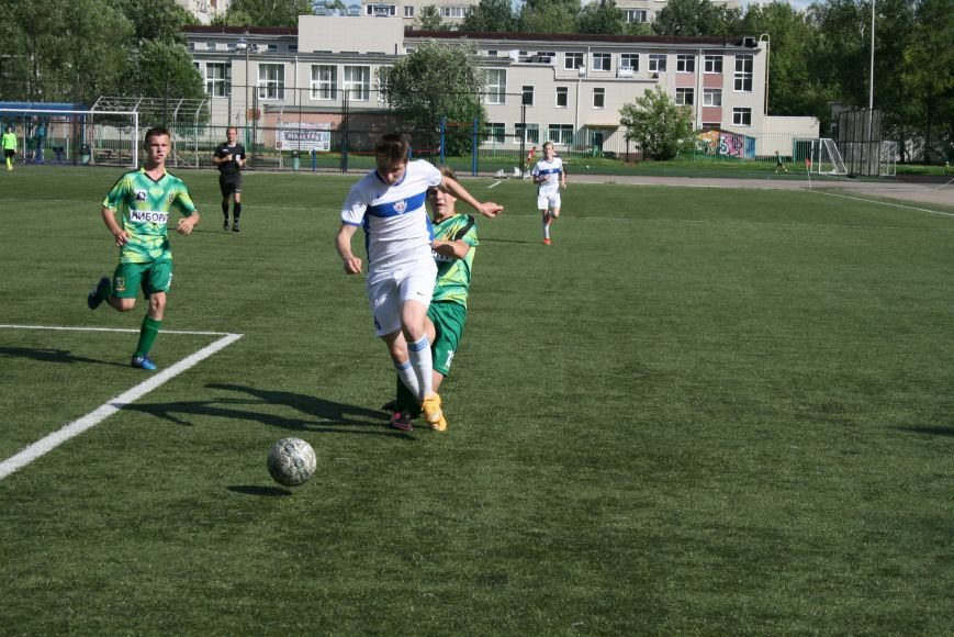 Троицкие футболисты сыграли с «Крыльями Советов-2», фото-1