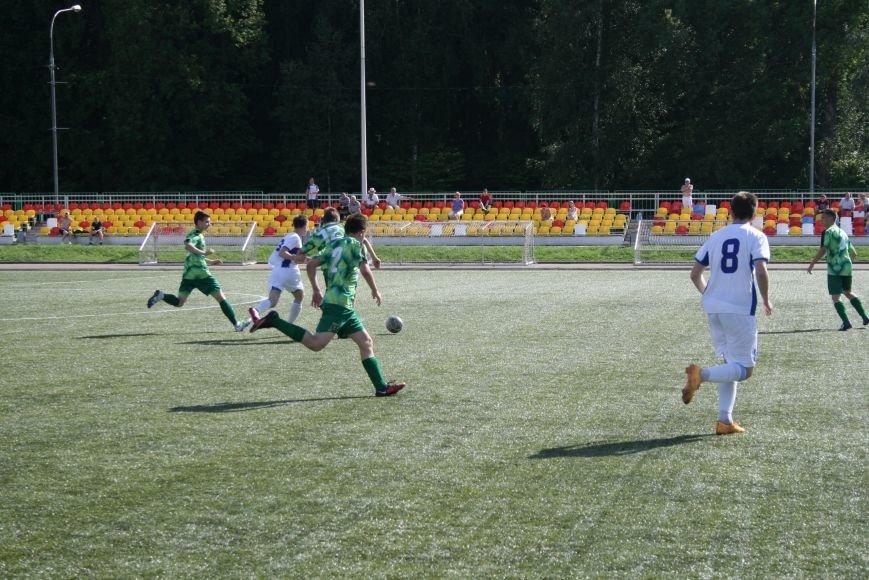 Троицкие футболисты сыграли с «Крыльями Советов-2», фото-5