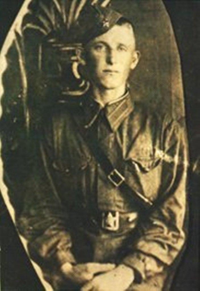 Иван Иванович Рябов. Фотография 1941 – 1942 г.г.