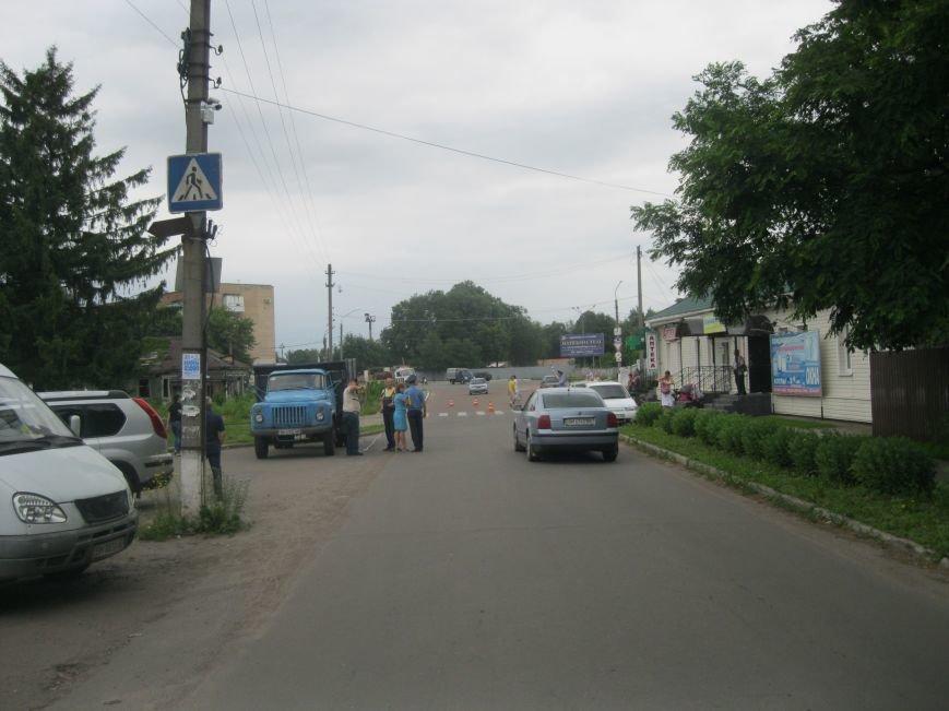 Сьогодні в Конотопі вантажівка насмерть збила пенсіонерку (фото), фото-1