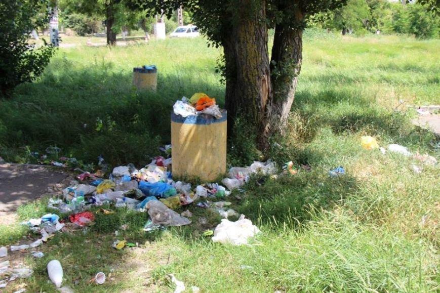 Отдыху херсонцев мешает мусор (фото), фото-2