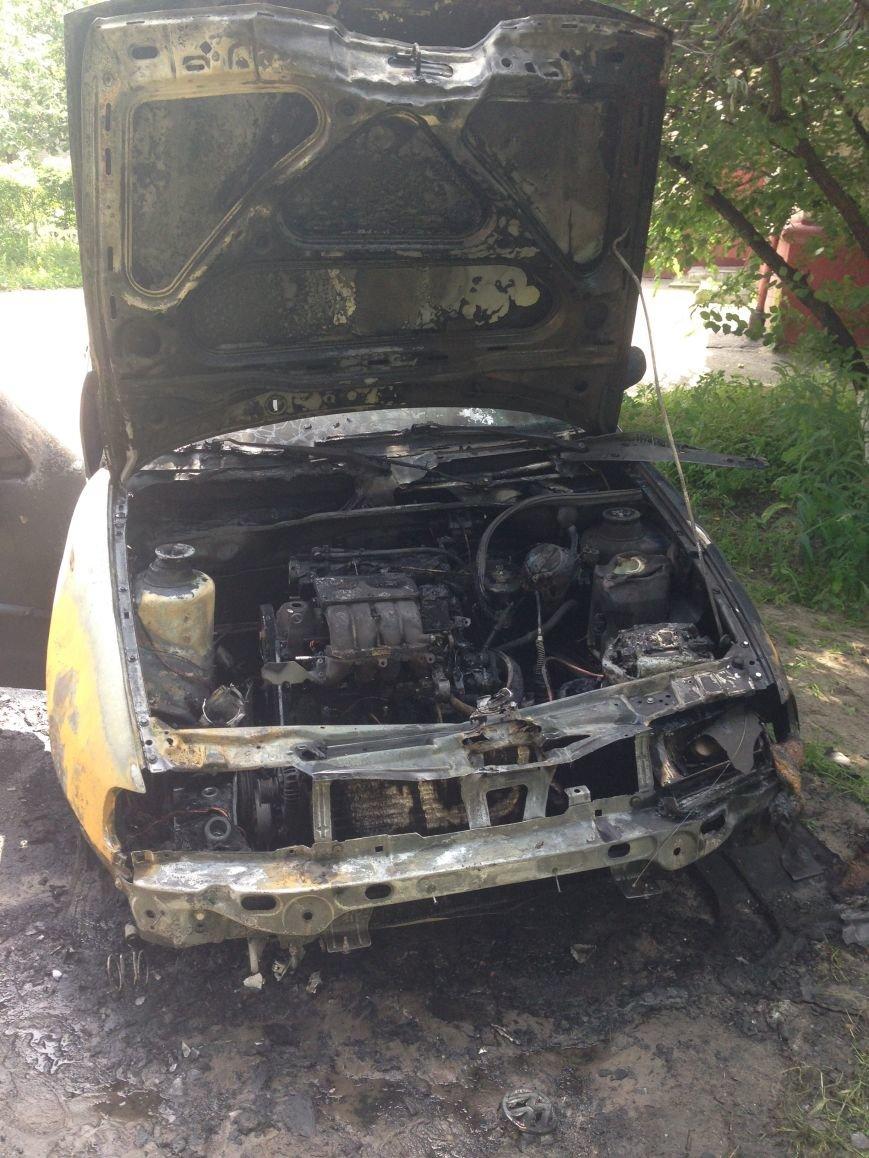 В Кременчуге горел автомобиль Volkswagen Polo (ФОТО), фото-3