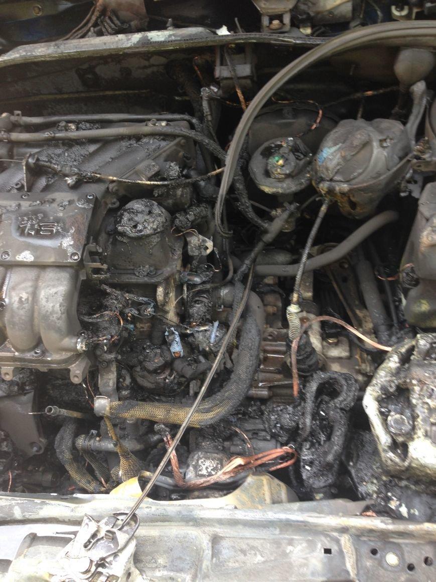 В Кременчуге горел автомобиль Volkswagen Polo (ФОТО), фото-4