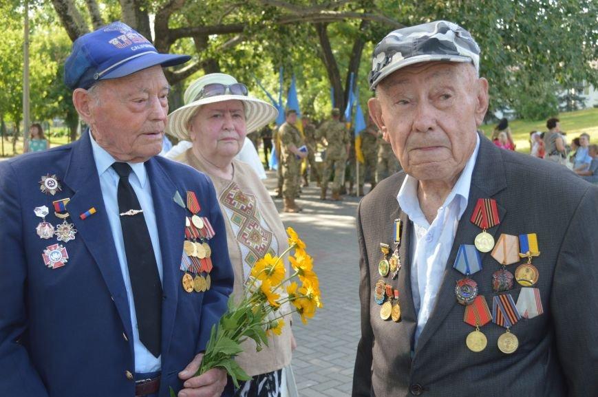 В Северодонецке прошел митинг-реквием по случаю Дня скорби и чествования памяти жертв войны в Украине (ФОТО), фото-1