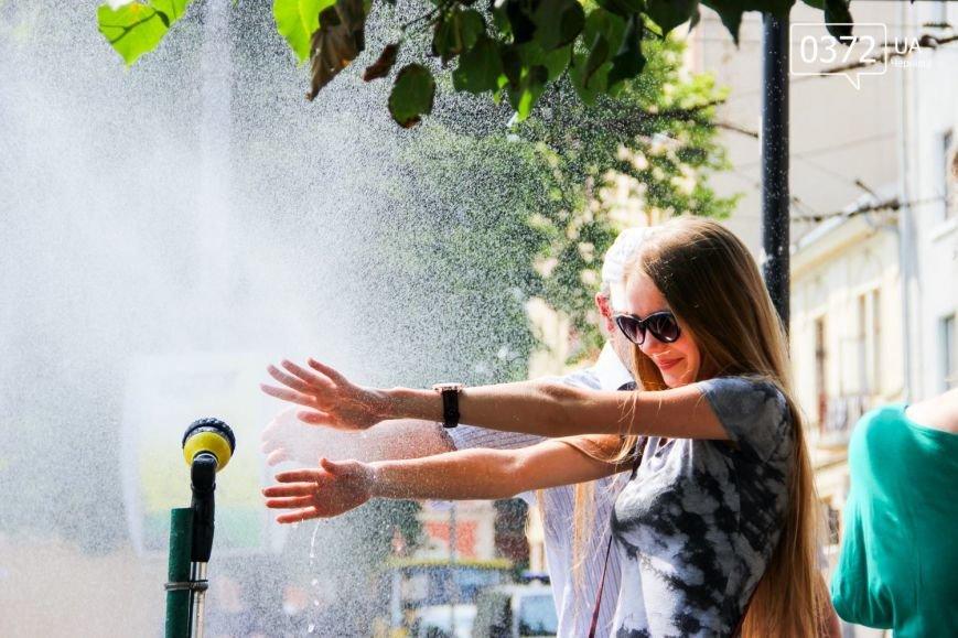 Як рятуються сьогодні чернівчани від спеки?(ФОТО), фото-10