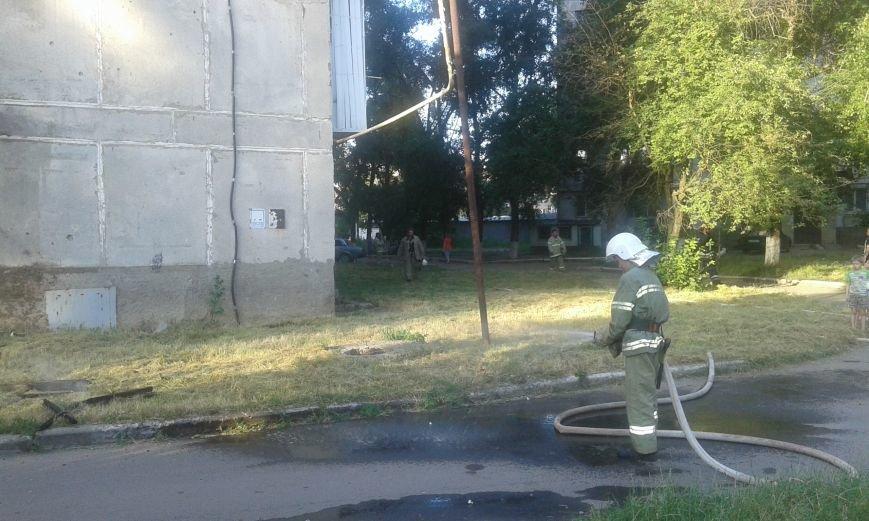 Авдеевские пожарные оперативно справились с работой (ФОТО), фото-4