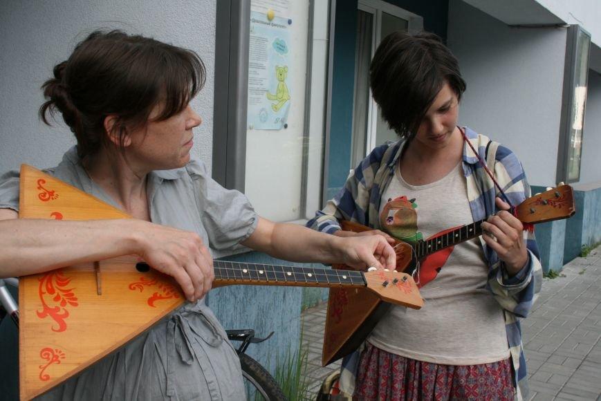 В Троицком Доме Учёных играли на балалайках, фото-4