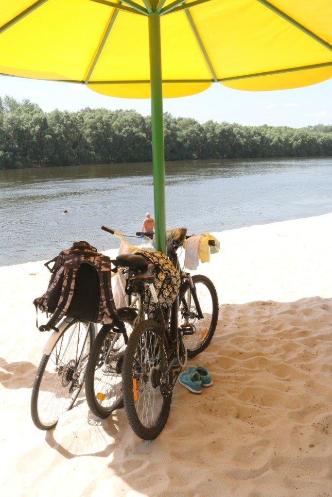 Золотой ты наш! Главный черниговский пляж преображается, но пока без раздевалок, фото-2