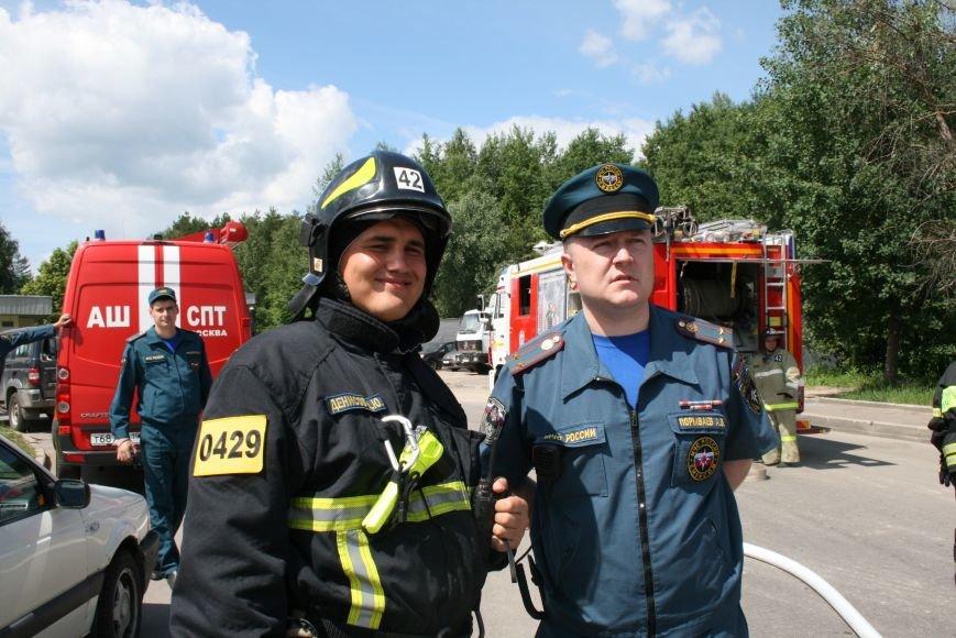 В Троицке прошло пожарно-тактическое учение на ДТП с бензовозом, фото-8