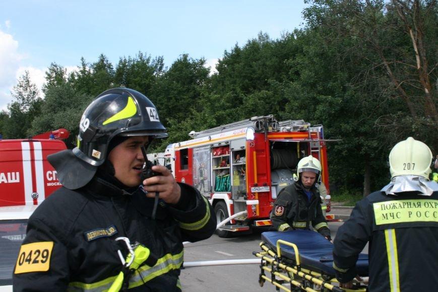 В Троицке прошло пожарно-тактическое учение на ДТП с бензовозом, фото-3