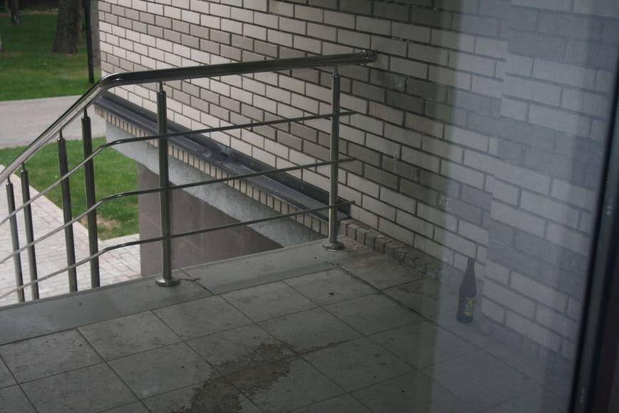 В Троицком ЖК «Солнечный» стали делать незаконную перепланировку, фото-1
