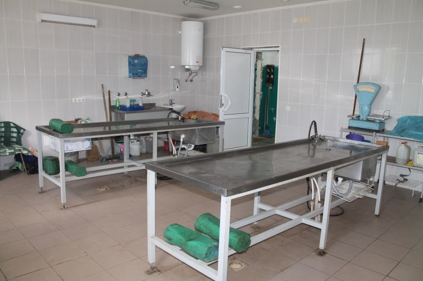 В Бахмуте при поддержке Красного Креста реконструировали морг, фото-3
