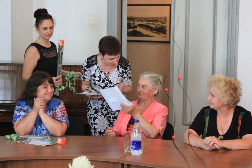 В Часов Яре слова благодарности выразили представителям ОСН за их многолетний труд, фото-3