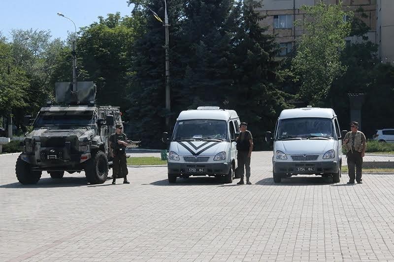 К патрулированию Мариуполя в выходные дни присоединились выпускники высших учебных заведений МВД Украины (ФОТО), фото-5