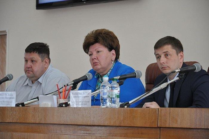 Зaсідання рeгіональної робoчої групи з питaнь об'єднaння тeриторіальних грoмад нa Житoмирщині, фото-3