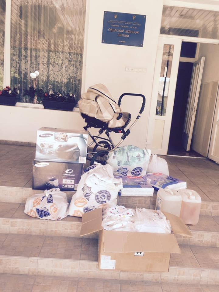 Депутат Ужгородської районної ради Роланд Цебер відвідав обласний будинок дитини, фото-1