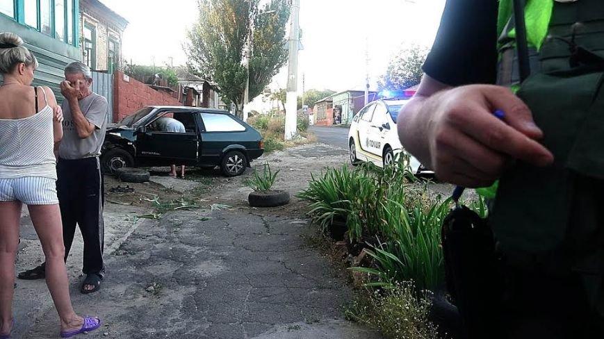 В Мариуполе пьяный водитель влетел в металлический забор (ФОТО), фото-4