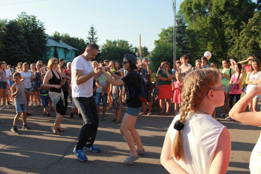Лето, краски и яркие эмоции: как прошёл в Доброполье День молодёжи, фото-7