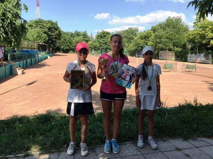 В Херсоне детский турнир по теннису открывали лучшие спортсмены (фото), фото-1