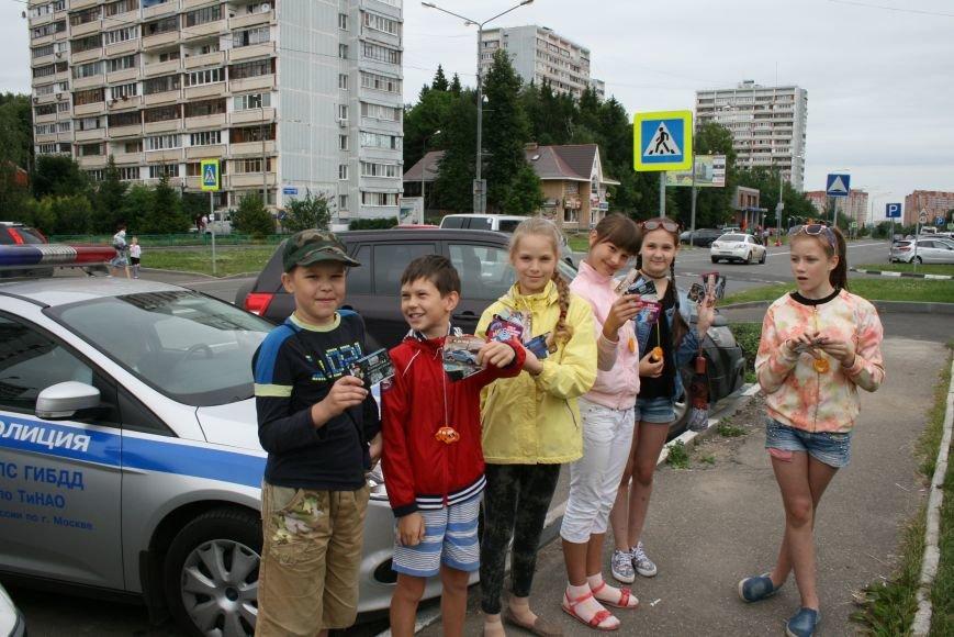 """В Троицке прошёл полицейский рейд """"Маленький пешеход"""", фото-9"""