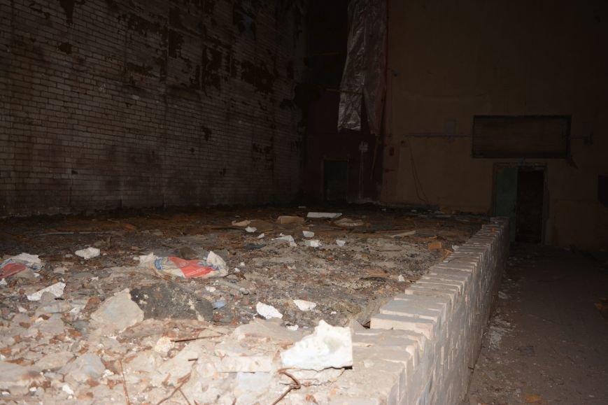 Закрытый «Космос», или Как сейчас выглядит здание бывшего кинотеатра в центре Новополоцка, фото-12