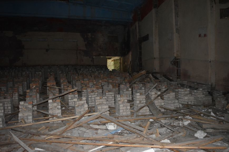 Закрытый «Космос», или Как сейчас выглядит здание бывшего кинотеатра в центре Новополоцка, фото-14