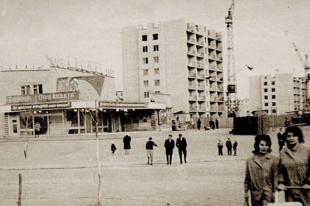 Закрытый «Космос», или Как сейчас выглядит здание бывшего кинотеатра в центре Новополоцка, фото-1