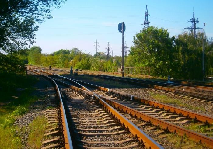 В Чернигове под поездом погиб человек, фото-1