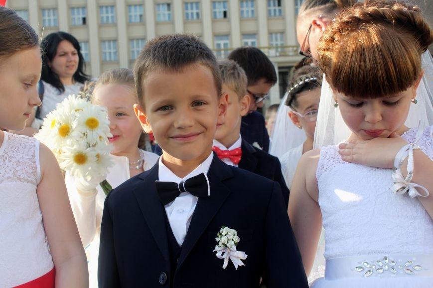 """В Ужгороді пройшов """"Парад наречених"""": фоторепортаж, фото-3"""