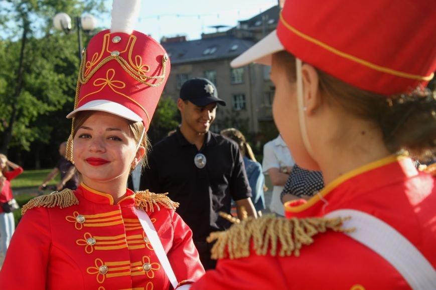 """В Ужгороді пройшов """"Парад наречених"""": фоторепортаж, фото-29"""