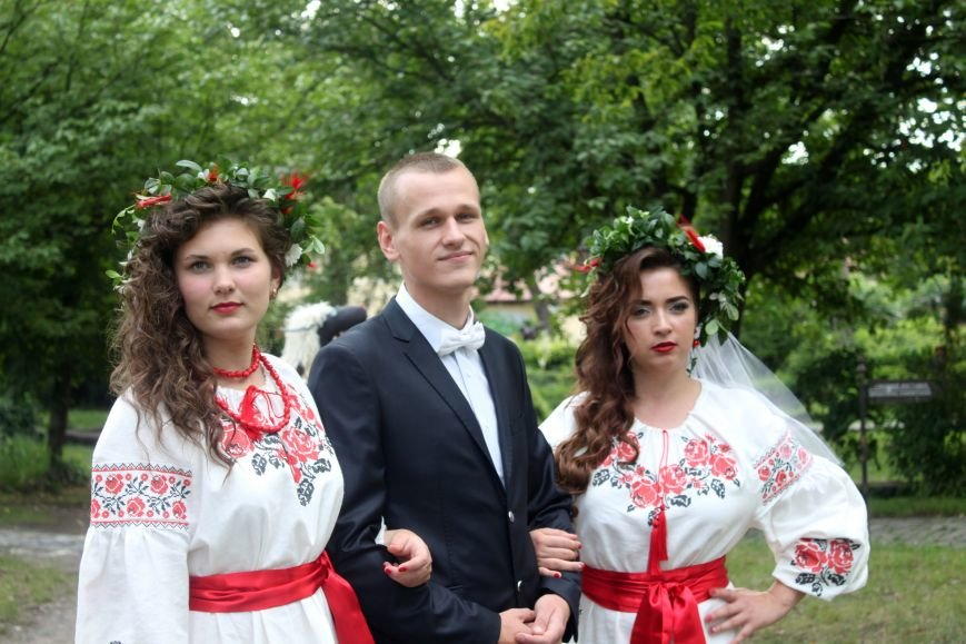"""В Ужгороді пройшов """"Парад наречених"""": фоторепортаж, фото-8"""