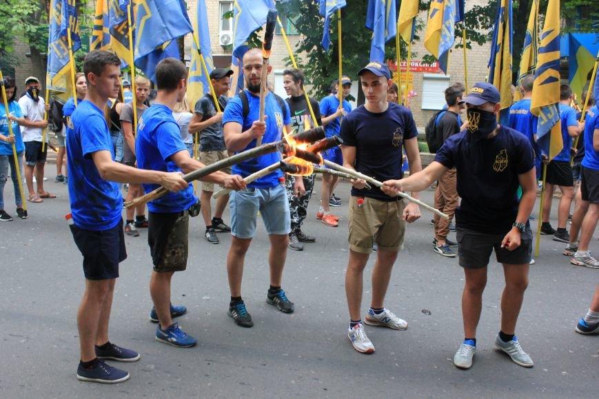 Гражданский корпус «Азов» провел в Бахмуте факельное шествие (ФОТОРЕПОРТАЖ), фото-5