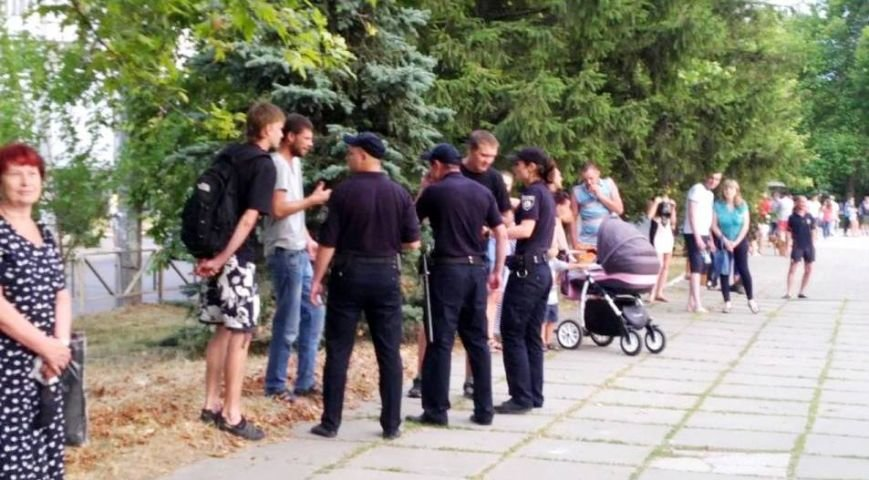 """Почему в Херсоне на """"концерте для людей, которые любят жизнь"""" не было полиции? (фото), фото-2"""