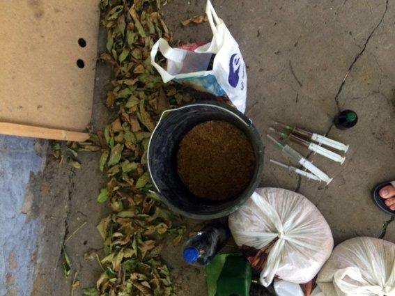 На Херсонщине работники отдела наркопреступности устранили  нарколабораторию (фото), фото-1
