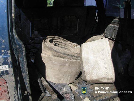 На Рівненщині правоохоронці залишили старателів без мотопомп і автомобілів (ФОТО), фото-3