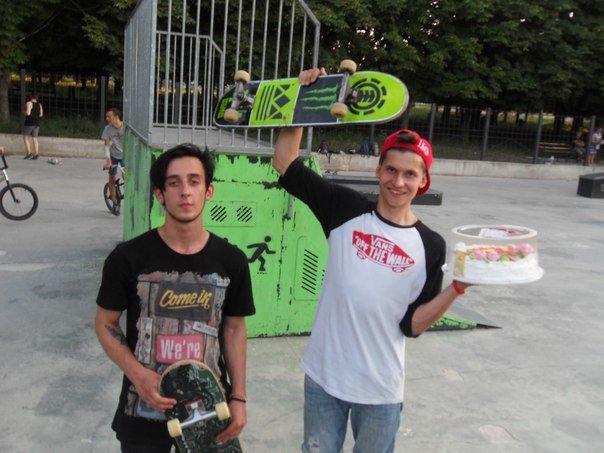В скейт-парке Бахмута прошли соревнования и показательные выступления, фото-2