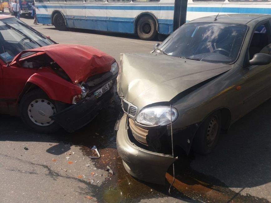 В Сумах на перекрестке Харьковской и Линейной произошло ДТП (ФОТО), фото-2
