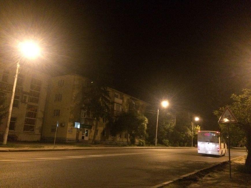 Перевірено на собі: чи варто на зупинці у Львові чекати нічний автобус, фото-8