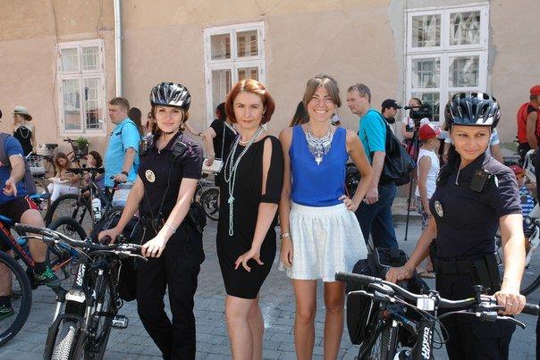 У Франківську відбувся жіночий велопарад у стилі Коко Шанель (ФОТОРЕПОРТАЖ), фото-11