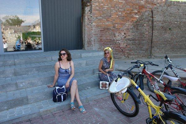 У Франківську відбувся жіночий велопарад у стилі Коко Шанель (ФОТОРЕПОРТАЖ), фото-6