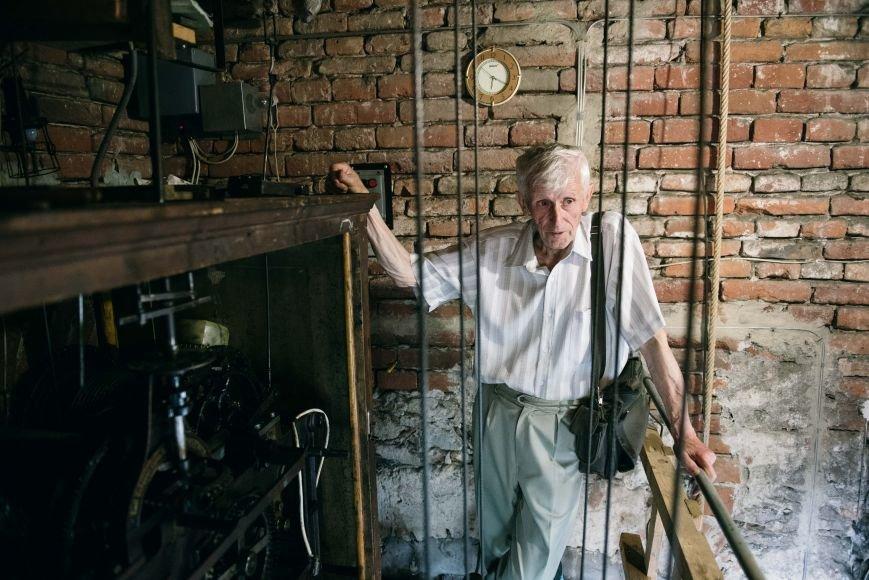«Коли виникає несправність, відповідь приходить уві сні», - каже 77-річний годинникар ужгородського Кафедрального собору, фото-3