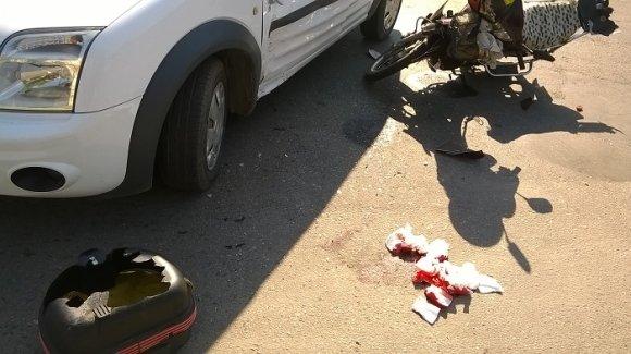В Александрии в разворачивающийся с обочины Ford Transit въехал Viper - пострадал водитель мопеда (ФОТО), фото-3