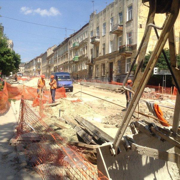 Як у Львові проводять ремонтні роботи на вулиці Мечникова (ФОТО), фото-9