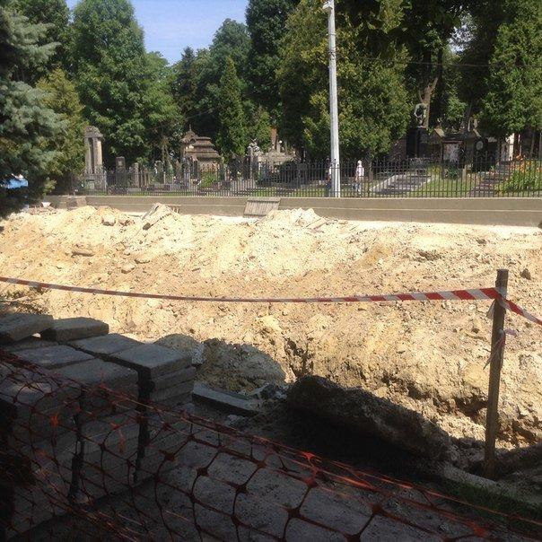 Як у Львові проводять ремонтні роботи на вулиці Мечникова (ФОТО), фото-3