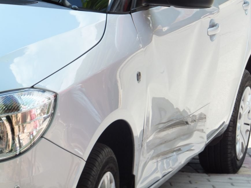 В Кировограде женщина-водитель устроила опасное ДТП и скрылась с места происшествия (ФОТО), фото-3