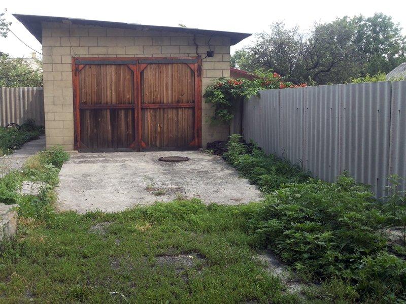 Житель Новогродовки вырастил целую плантацию конопли, фото-2